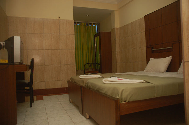 Hotel Haridwar-Deluxe Double Coat Room9